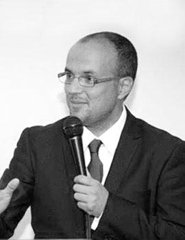 Gustavo Balmaceda Hoyos